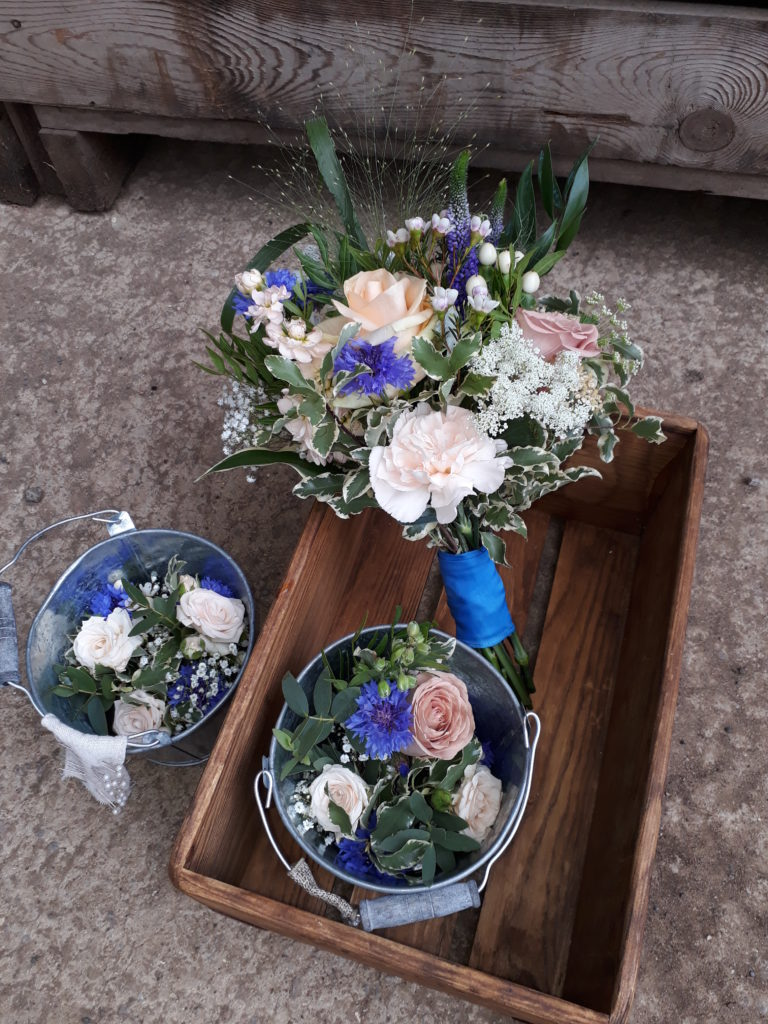 Selected and supplied the flowers for friends and family to arrange for the wedding.  We helped a bit in the church and I made the bouquets and buttonholes. Love the unusual colour combination July 18