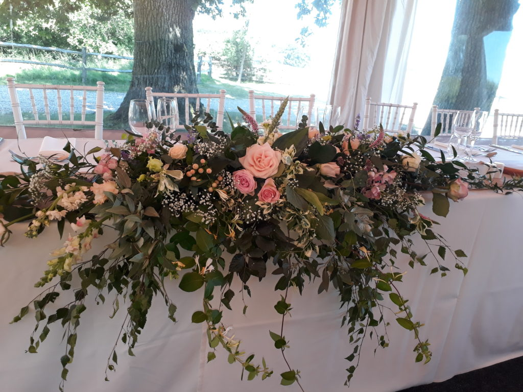 Long and low Top Table arrangement