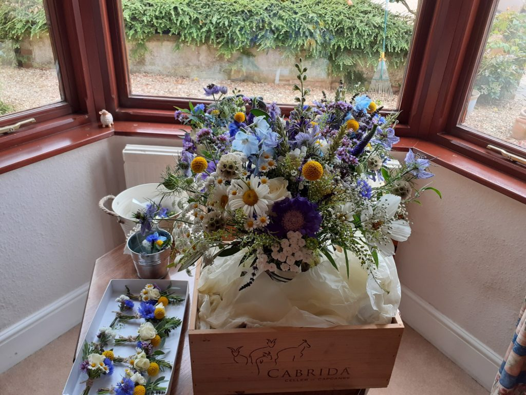 Bouquet and buttonhole delivery