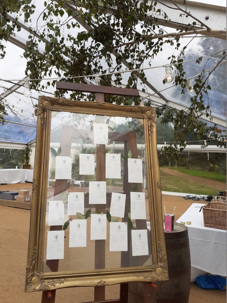 ... and leaves in the see thru seating plan frame